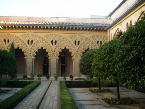 palacio-del-aljaferia