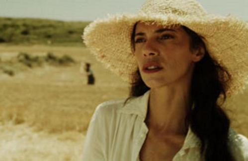 Maribel Verdú, una de las protagonistas de De tu ventana a la mía