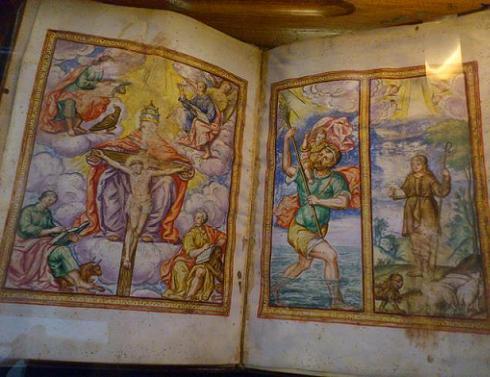 El Paraninfo ha inaugurado una sala de exposiciones en su antigua Biblioteca