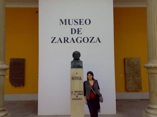 una visita de turismo al museo de Zaragoza